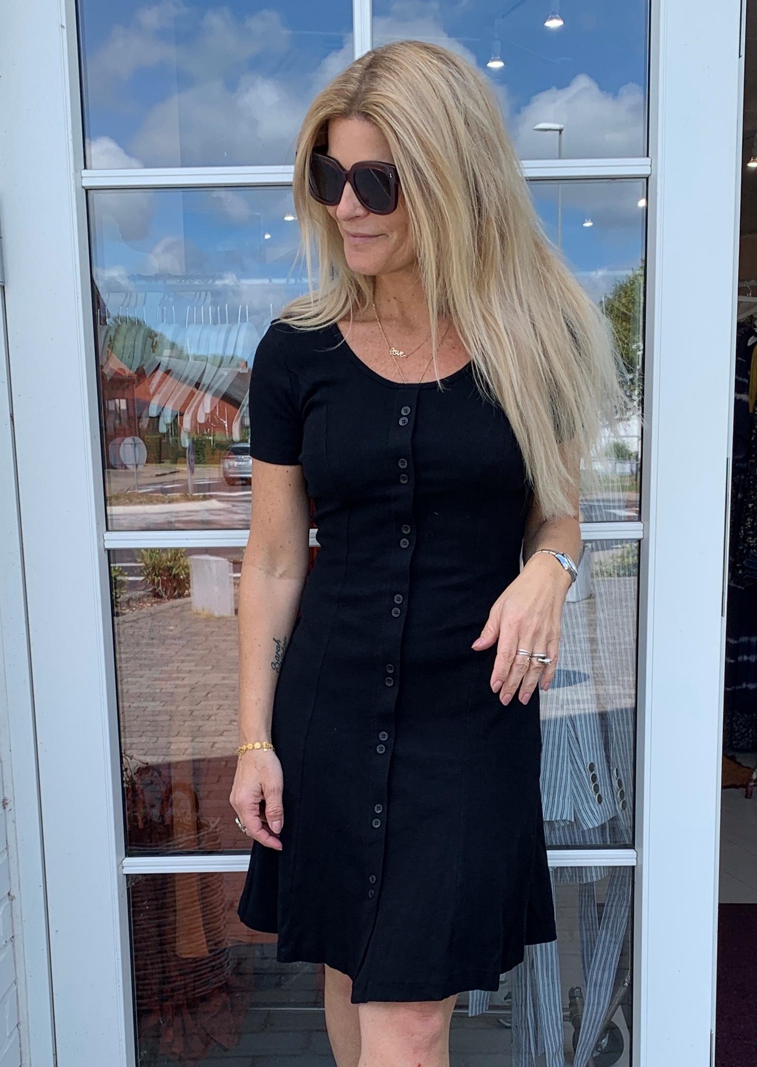 5276bef10c1 Moves By Minimum Kjole - Ilva Dress, Black